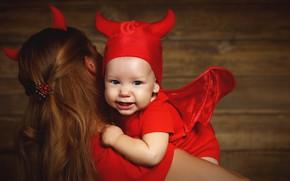 Картинка праздник, девочка, мама, костюмы