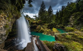 Картинка лес, река, скалы, водопад, поток, Австрия, Austria, Upper Austria, Верхняя Австрия, River Traun, Traunfall, река ...