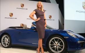 Картинка авто, взгляд, девушка, улыбка, Девушки, Porsche, Мария шарапова