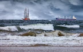 Картинка море, волны, тучи, корабль, танкер, платформа