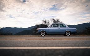 Картинка Небо, Авто, Ретро, BMW, Машина, БМВ, Автомобиль, Старый, Вид сбоку, Larry Chen, BMW 2002