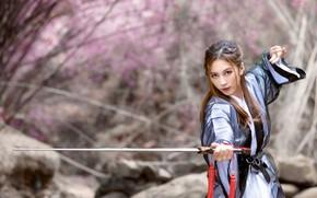Обои девушка, меч, азиатка