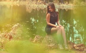 Картинка река, камень, платье, ножки, Sonia Ortiz