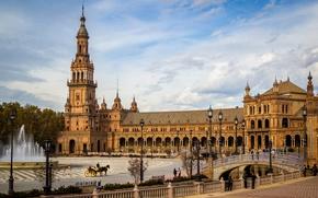 Картинка деревья, мост, площадь, фонари, канал, фонтан, Испания, дворец, Sevilla, Plaza de Espana