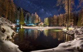 Обои лес, звезды, небо, зима, ночь, отражение, озеро