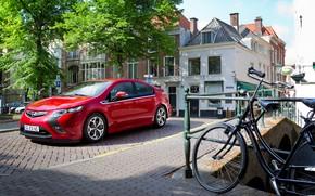 Картинка авто, деревья, красный, велосипед, улица, Opel, Ampera