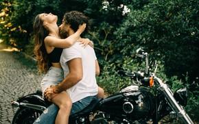 Картинка девушка, страсть, мотоцикл, парень