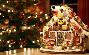 Картинка елка, сладости, фигурки, пряничный домик