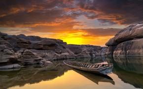 Обои закат, облака, скалы, небо, Ubon Ratchathani, водоём, Таиланд, каньон, лодка, камни