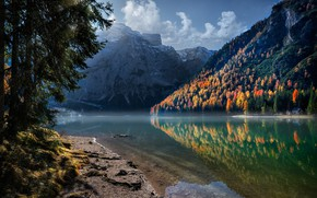 Картинка forest, sky, trees, landscape, nature, water, autumn, mountains, clouds, rocks, reflection, Lake