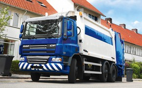Обои синий, 6х2, DAF CF75.250, мусоровоз, дерево, Euro5, ДАФ, кустарник, спецтехника, DAF, дома