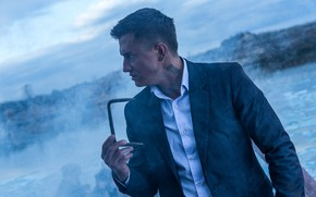 Обои Павел Прилучный, мужчина, Рубеж, костюм, туман
