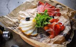 Обои оливки, лосось, петрушка, лимон, доска, еда, морепродукты, рыба, нарезка