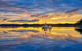 Картинка clouds, morning, sunrise, dawn, Norway, boat, Vestlandet, Rogaland, fishermen, fisher boat, Røyksund, Røyksundkanalen