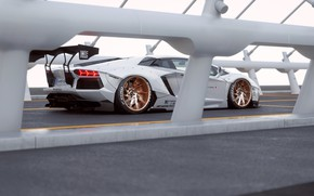 Картинка Lamborghini, White, Aventador, Rear, Liberty, Walk