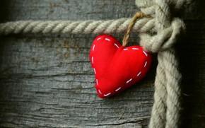 Обои день всех влюбленных, композиция, красное, любовь, валентинка, доска, сердце, день святого валентина, тряпичное, веревка, праздники, ...