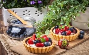 Обои клубника, tart, sweet, delicious, ягоды, berries, черника, сладкое, корзинка, десерт, dessert, cream, тарталетка