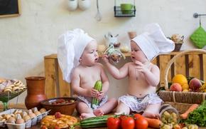 Картинка дети, стол, корзина, клубника, кухня, маленькие, повар, овощи, мальчики, child, vegetables, kitchen, infant