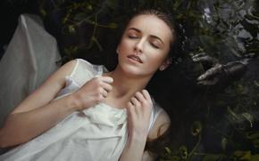 Обои опасность, lips, черная, водоросли, взволнованность, Дарья Волкова, russian, тревога, портрет, модель, зубки, красивая, вода, мокрая, ...