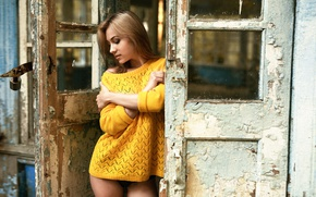 Картинка дверь, ножки, свитер, Анна Куликова