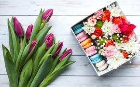 Обои spring, коробка, подарок, букет, розы, тюльпаны, macaron, flower, декор, beautiful