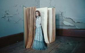 Обои платье, девушка, книга, ситуация