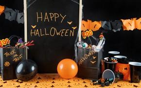Картинка праздник, пауки, шар, свечи, тыква, стаканы, гирлянда, хэллоуин, мармелад