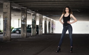 Картинка девушка, фон, фигура, стойка, Chiara