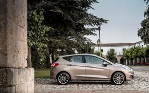 Обои Ford, фонари, авто, Vignale, Fiesta, деревья, дорога, здание