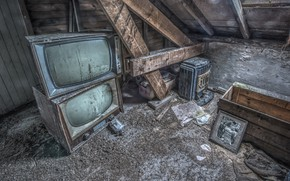 Картинка фон, телевизор, чердак