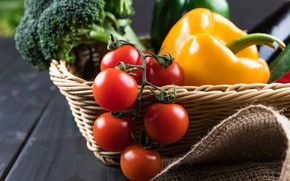 Картинка Корзина, перец, помидоры