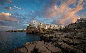 Обои камни, скалы, пейзаж, дома, Италия, Полиньяно-а-Маре, море