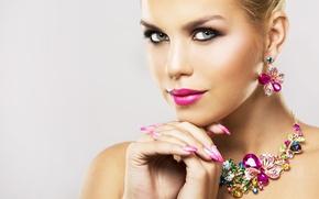 Картинка взгляд, девушка, украшения, ресницы, макияж, помада, сережки, колье, маникюр, Zdenka Darula