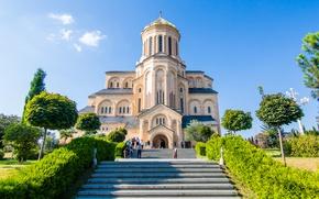Картинка зелень, небо, солнце, деревья, лестница, ступени, храм, Грузия, кусты, Тбилиси, Tbilisi