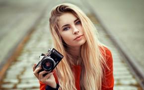Картинка фотоаппарат, губки, прелесть, локоны, Lods Franck, Cassandre