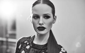 Картинка портрет, актриса, черно-белое, Madelaine Petsch