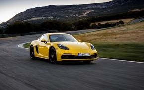 Картинка пейзаж, жёлтый, движение, скорость, трасса, Porsche, поворот, 2017, 718 Cayman GTS