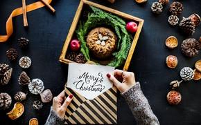 Картинка надпись, рождество, руки, пирог, шишки, конверт