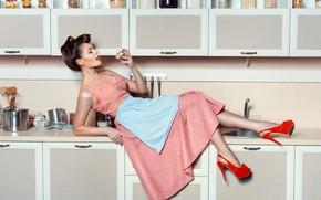 Картинка девушка, поза, кухня