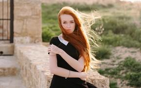 Картинка лицо, ветер, модель, волосы, платье