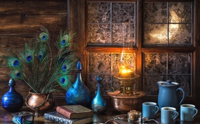 Обои голубой, книги, лампа, кофе, перья, окно, мороз, посуда, натюрморт