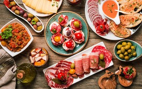Картинка завтрак, сыр, мясо, томат, оливки, колбаса, бекон, ветчина