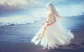 Картинка берег, платье, девочка, Edie Layland, Blue Heaven