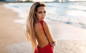 Обои back, depth of field, lips, bare back, portrait, model, long hair, looking at camera, blonde, ...