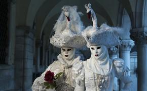 Картинка Венеция, маски, шляпы, костюмы