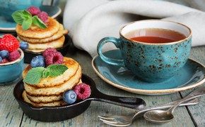 Обои блины, малина, ягоды, чай душистый, завтрак, клубника, черника