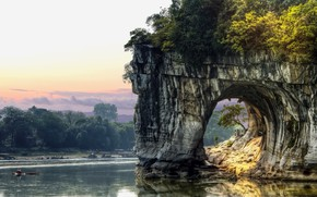 Обои vegetation, clouds, arch, lake, tunnel, China, trees, fisherman, rock, water, boat, sky, nature, landscape