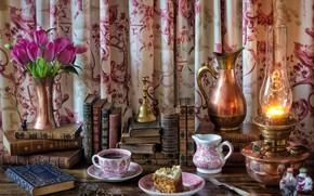 Картинка кувшин, очки, тюльпаны, тортик, лампа, чаепитие, чай, книги, цветы, стиль