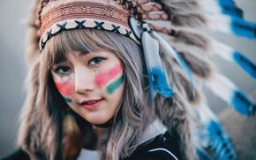 Картинка взгляд, девушка, лицо, перья, восточная, раскрас, головной убор
