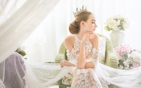 Картинка лицо, фон, модель, корона, платье, ткань
